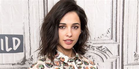 Aladdin Star Naomi Scott Teases Brand New Character In Guy