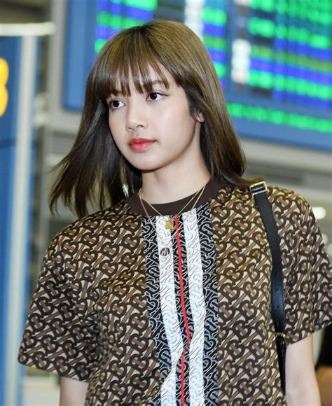 blackpink lisas fashion   incheon airport  july