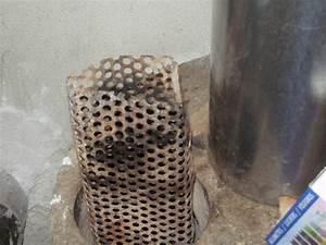 Panier À Pellets Pour Cheminées Et Foyers : bruler des pellets dans un rocket ecologie ~ Melissatoandfro.com Idées de Décoration
