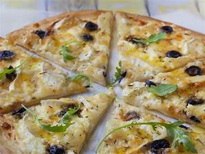 Recette Pizza Chevre Miel : pizza ch vre miel cr me fraiche recette de pizza ch vre ~ Melissatoandfro.com Idées de Décoration