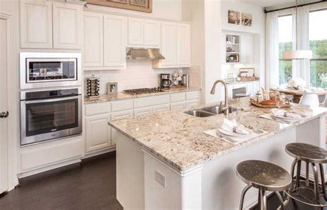 colors kitchen cabinets oltre 1000 idee su travi a vista su travi 2361