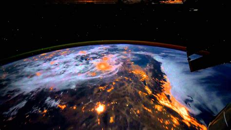 dreamscene animated wallpaper earth view   iss