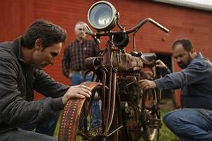American Pickers Wants To Make Your Junk Famous