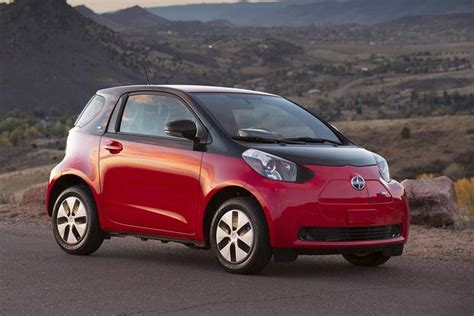 Vs Smart Car by 2015 Smart Fortwo Vs 2015 Scion Iq Which Is Better