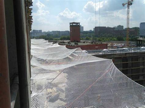 horizontal debris netting  building  bridge construction