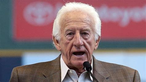 bob uecker brewers radio broadcaster bob uecker recalls life saving