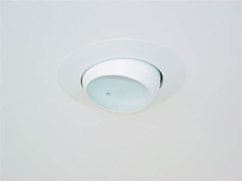 Recessed Eyeball Light Old Rustic Kitchen Contemporary Designs Photos Galley Style Layouts Colors Window Treatments Cottage Plans With Loft And Big Remodeling