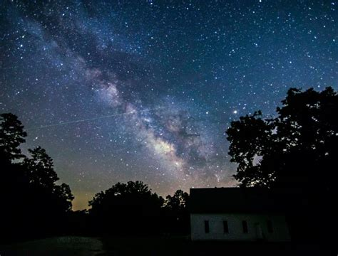 What Time Is Tonight S Meteor Shower by Earthsky S 2019 Meteor Shower Guide Astronomy Essentials