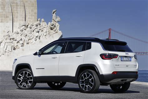 New Jeep Compass Officially Launched In Europe [38 Photos