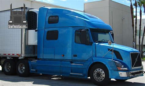 volvo heavy trucks for pictures of volvo semi trucks at semitruckgallery com