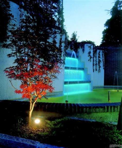 Ristorante Il Gabbiano Airuno - la fontana illuminata di sera ristorante il gabbiano