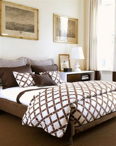 brown and white bedroom white and brown bedding design ideas