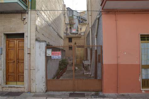 casa in vendita bari casa singola in vendita a canosa di puglia cod r484
