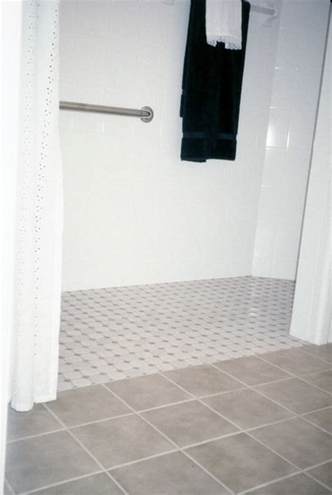 homes  life ease   idea  curb  showers