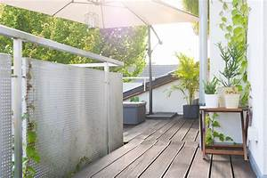 5 tipps fur den balkon impressionen unserer dachterrasse With französischer balkon mit stockflecken sonnenschirm
