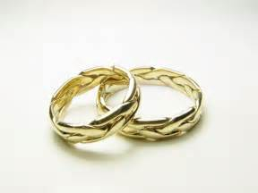 gold wedding ring gold celtic wedding ring set wedding rings pictures