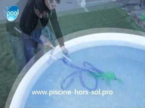 balai manuel de piscine vac