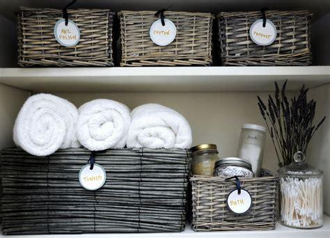 Linen Closet Baskets by How To Organize Your Linen Closet 11 Simple Steps