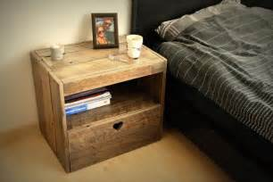 Night Stands Made Out Of Pallets by Diy Pallet Nightstand 99 Pallets