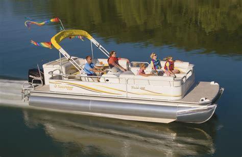 patio boat pontoon house boat rentals at bass lake