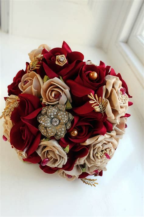 burgundy  gold bouquet id  real red roses