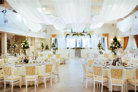 6 must have essentials for your wedding venues