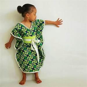 Robe de soiree en pagne africain courte recherche google for Robe africaine enfant