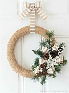 15 Beautiful DIY Christmas Wreath Ideas