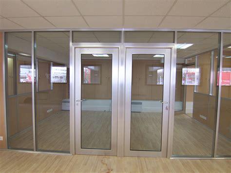 porte de bureau vitr馥 porte de bureau vitree 28 images les r 233 alisations de cloison de bureau m2 space ile de les cloisons vitr 233 es bord 224 bord toute