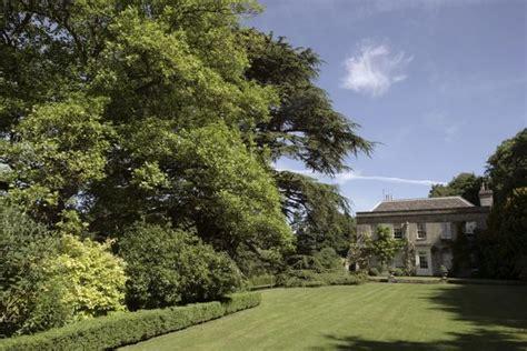 gardens moor wood house woodmancote  cirencester
