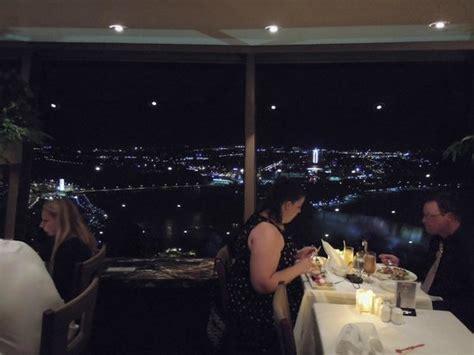 Skylon Tower Revolving Dining Room Tripadvisor by Vistas Photo De Skylon Tower Revolving Dining Room