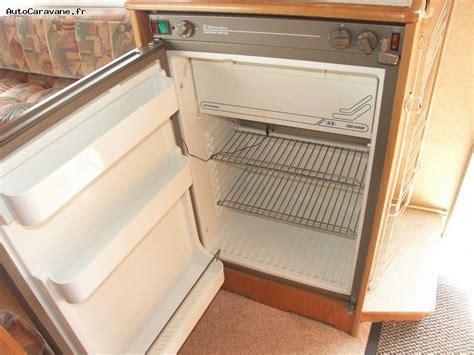 cuisine complete avec electromenager pas cher refrigerateur electrolux pour cing car table de cuisine