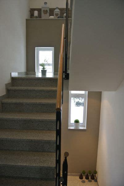 Wand Farbig Absetzen by Im Treppenhaus L 228 Sst Sich Sehr Gut Eine Wand Durchgehen In