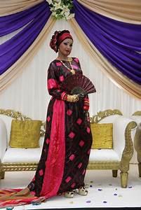 Somali wedding google haku somalia aroos pinterest for Somali wedding dress pictures