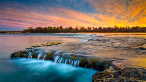 Quebec River - Bing Wallpaper Download