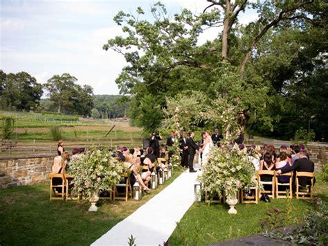 blue hill barns wedding carolyn and chad at blue hill at barns hire a day