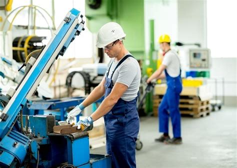 reshoring fdi trends add  manufacturing jobs