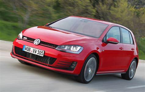 Vw Gti Comercial by 2014 Volkswagen Gti Overview Cargurus