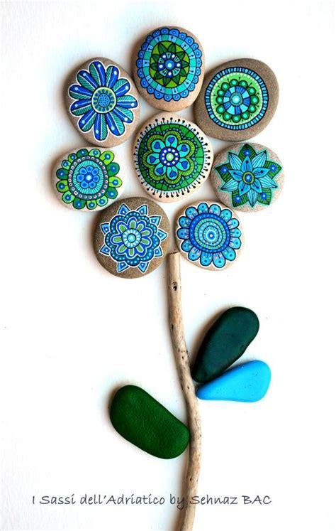 painted flowers set of 8 stones stenen