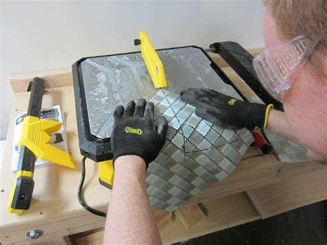 Cutting Glass Tile With Saw by How To Cut Glass And Tiles That Are Mixed The Home