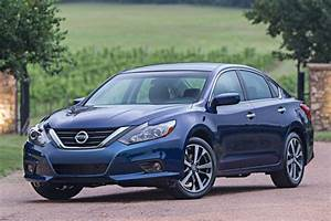 Nissan Hybride 2018 : 2017 nissan altima offers class leading fuel economy for highway cruising autoevolution ~ Melissatoandfro.com Idées de Décoration