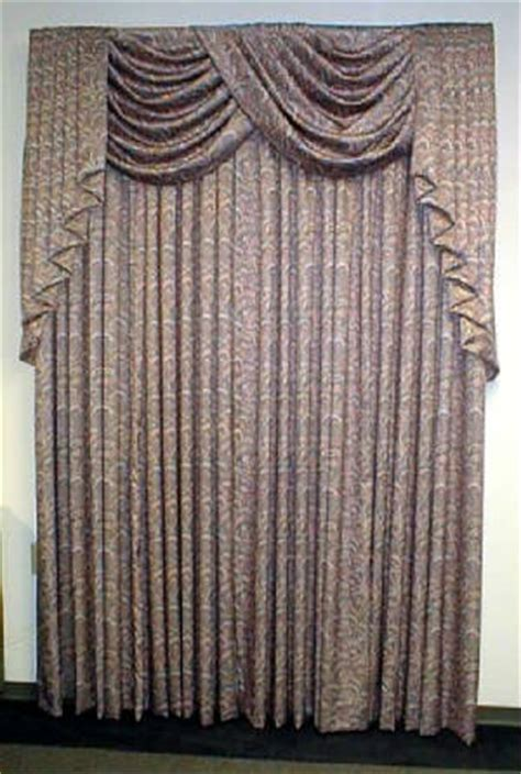 what is the difference between drapes and curtains difference between drapes and curtains