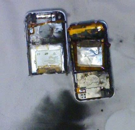 an iphone 4 blows up during a flight in australia drjays