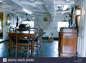 Captain's Quarters on the USS Constitution during ...