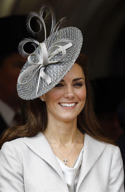 royal chic  kate middleton hairstyles  hairdromecom