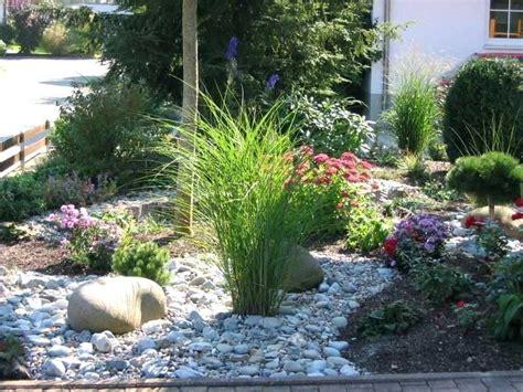 Vorgarten Pflanzen Gestalten by Vorgarten Modern Kies Die Besten Kies Garten Ideen Auf
