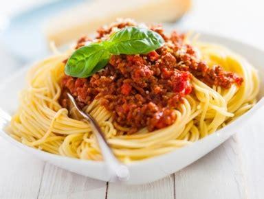 pates a la bolognaise que boire avec un e spaghetti bolognaise accord vins hachette vins