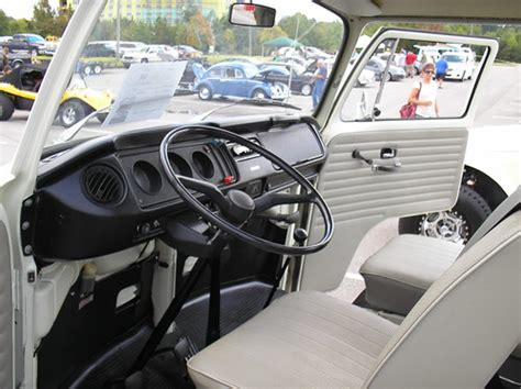 1970 Volkswagen Type 2 Westfalia, Interior