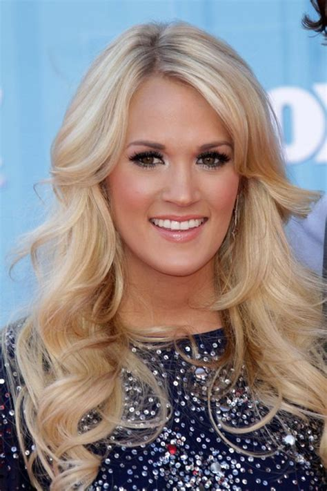 carrie underwood hair color carrie underwood wavy ash