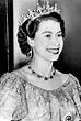File:Queen Elizabeth II - 1953-Dress.JPG - Wikimedia Commons
